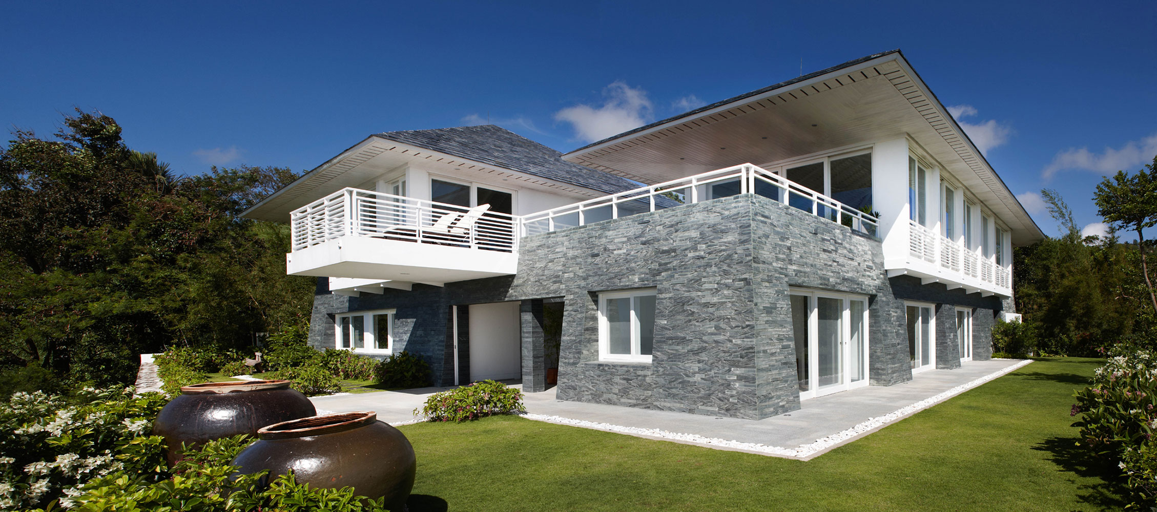 CS Architecture – Balai Taal Residence